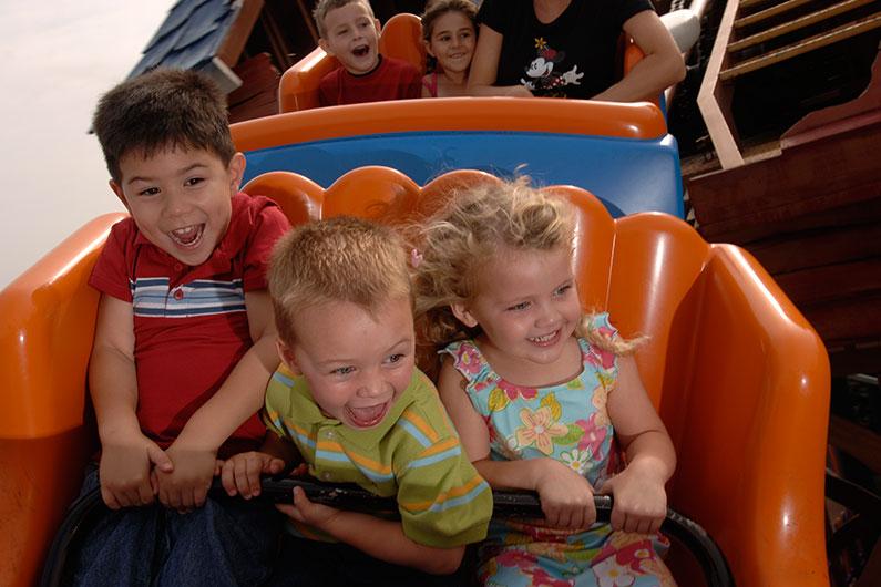 crianças-nos-parques-quais-atrações-boas