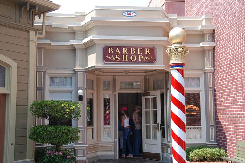 barber-shop-ideia-diferente-para-enfeitar-crianças-nos-parques-da-disney