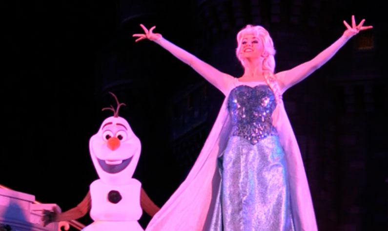 frozen-na-disney-mickeys-very-merry-christmas-party