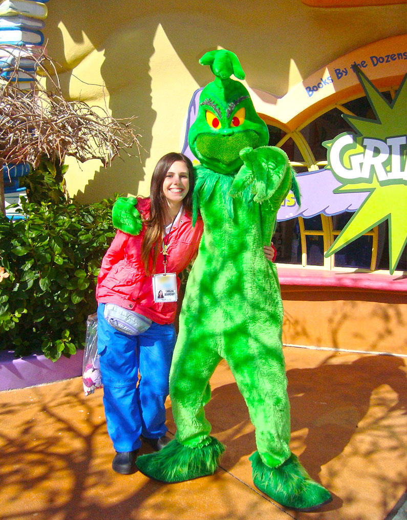 nine-grinch-disney-orlando-universal
