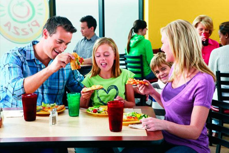 cicis-pizza-restaurante-barato-eua