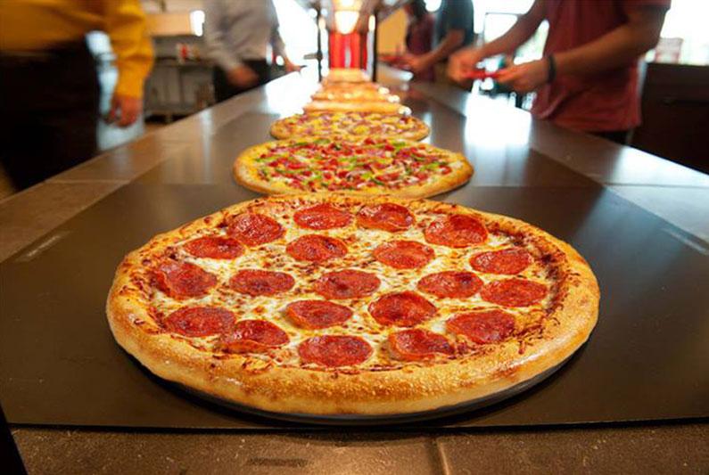 dica-de-viagem-eua-orlando-pizza-buffet-5-dolares