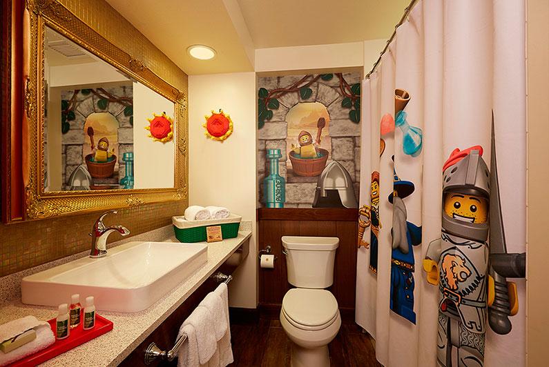banheiro-temático-legoland-hotel