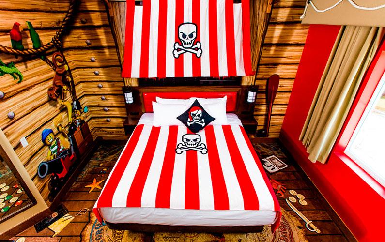 quarto-premium-piratas-legoland